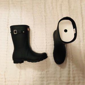 BNIB Hunter Original Short Rain Boots —Matte Black